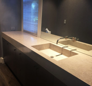 Stone-top-with-integrated-sink-